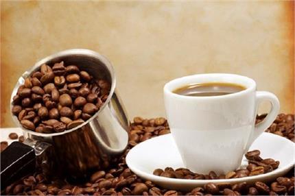 ठंड में कॉफी पीने 10 फायदे लेकिन ज्यादा मात्रा देगी ये 6 बड़े नुकसान