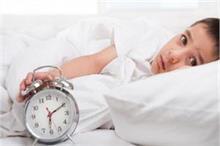 बच्चे को नहीं आती नींद तो डाइट में शामिल करें ये फूड्स