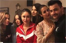 संजय कपूर की पार्टी में हॉट दिखीं मलाइका तो करीना ने पहना रेड ट्रैकसूट