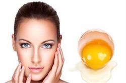 अंडे के छिलकों के इस्तेमाल से पाएं दमकती और बेदाग त्वचा