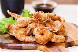 दावत में बनाएं Crispy-Wipsy Shrimps