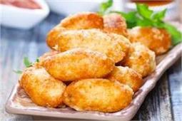 चाय के साथ परोसें Potato Paneer Tots