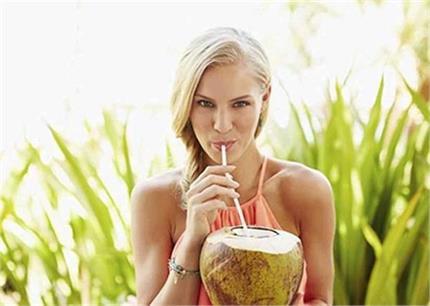 सेहत के लिए फायदेमंद है नारियल पानी, जानिए इसे पीने का सही समय और...