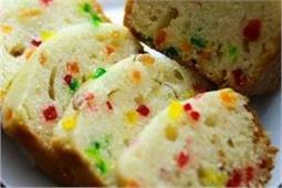 घर पर बना कर खाएं Tutti Frutti Cake
