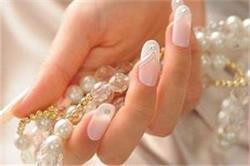 हाथों को खूबसूरत बनाने के लिए अपनाएं ये डिफरेंट Nails Arts Design