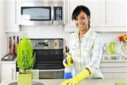बीमारियों से रहना है दूर तो साफ-सुथरी रखें किचन की ये 5 चीजें