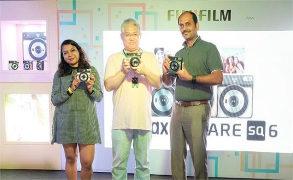 सैल्फी मोड और इंस्टैंट प्रिंट फीचर के साथ अाया Fujifilm का नया कैमरा