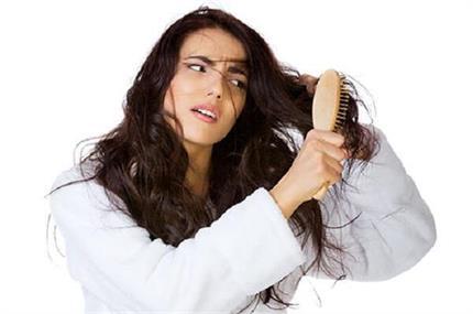 मानसून में बालों की हर परेशानी दूर करेंगे ये घरेलू नुस्खे