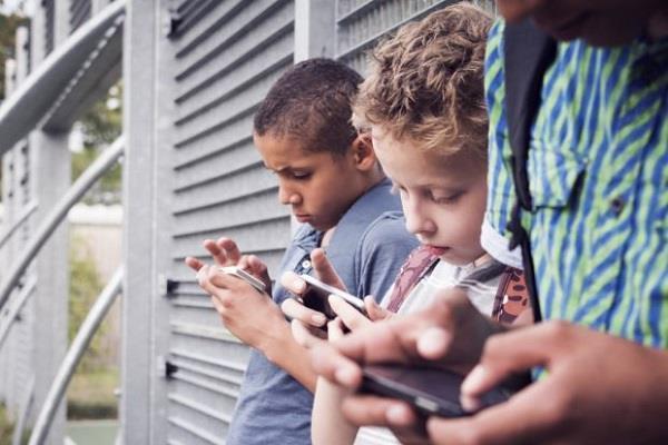 13 साल से कम उम्र के यूजर्स के अकाउंट को लॉक करेगा Facebook