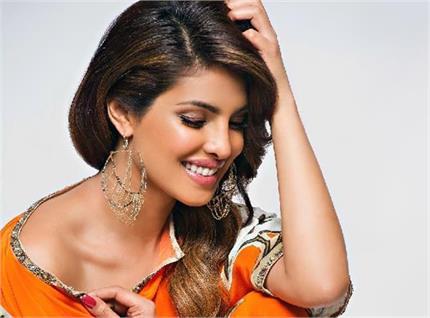 ब्यूटी प्रोडक्ट्स नहीं, प्रियंका की खूबसूरती का राज हैं ये घरेलू...