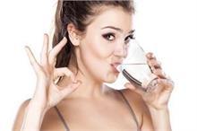 खाली पेट पीएंगे काले नमक वाला पानी तो मिलेंगे ये 6 फायदे
