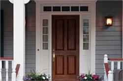 मेहमानों पर अच्छा इम्प्रैशन जमाना चाहते है तो यूं करें Front Door की डैकोरेशन