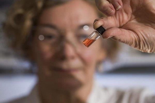 वैज्ञानिकों ने खोजा दुनिया का सबसे पुराना रंग
