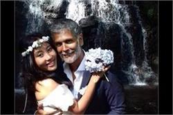 दोबारा शादी के बंधन में बंधे मिलिंद और अंकिता, देखें तस्वीरें