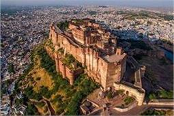 भारत का खजाना है ये 6 ऐतिहासिक इमारतें, बच्चों को जरूर दिखाएं