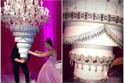 Wedding Cake! शादी हो या रिसेप्शन पार्टी, ट्राई करें ये ट्रैडिंग हैंगिग केक