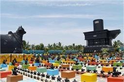 एक नहीं, भारत के इस मंदिर में स्थापित है 9 मिलियन शिवलिंग