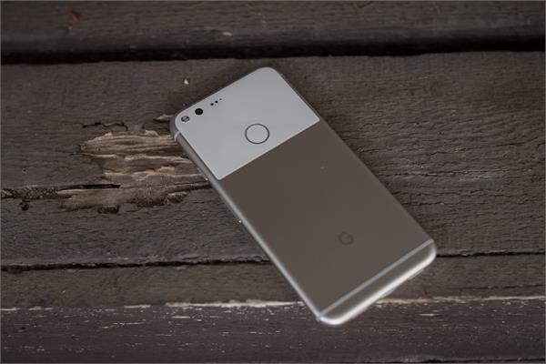 फास्ट चार्जिंग की समस्या से जूझ रहे गूगल पिक्सल यूजर्स