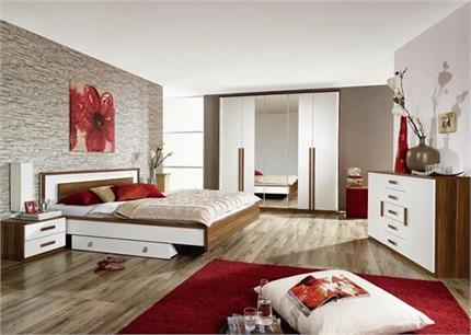Vastu Tips: इस तरह से सजाएंगे बेडरूम तो कभी नहीं होगी कपल्स में टकरार!