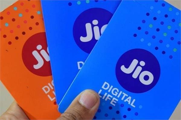 Jio यूजर्स के लिए खुशखबरी, इस रिचार्ज पर आपको होगा 400 रुपए का फायदा