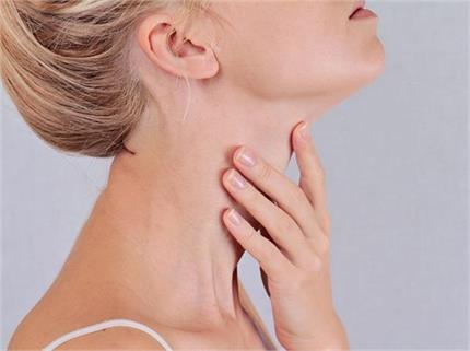 इन 6 असरदार टिप्स से सुराहीदार गर्दन को बनाएं रिंकल-फ्री
