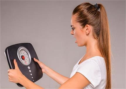 क्या आप जानती हैं कि पीरियड्स टाइम में क्यों बढ़ता है वजन?