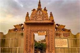 Janmashtami Special! इस रहस्यमयी जगह पर आज भी होती है 'कान्हा' की रासलीला