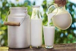 मुहांसे हो या स्किन टैन, इस तरह करें कच्चे दूध का इस्तेमाल