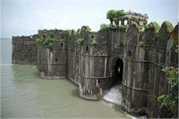 मुंबई के 6 एेतिहासिक किले, खाली समय में जरूर जाएं यहां - Nari