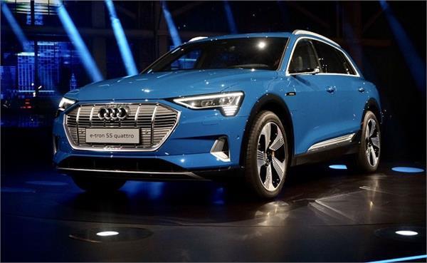 Audi ने दिखाई अपनी पहली इलैक्ट्रिक SUV, एक चार्ज में तय करेगी 402 Km का सफर