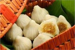 गणपति बप्पा को लगाएं गुड़ नारियल के लजीज मोदक का भोग