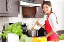 पालक-मटर का रंग रहेगा हरा, टिप्स पढ़ें और बन जाएं किचन...