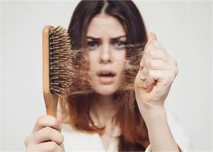 शैंपू और तेल से नहीं, योग आसन से बंद करें बालों का झड़ना - Nari