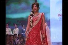 Delhi Times Fashion Week: चित्रांगदा रेड तो पेस्टल लहंगे...