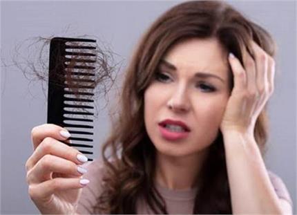 Hair Care: बालों का झड़ना रोकेगा दादी-मां का यह नुस्खा, महीनेभर में...