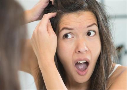 मेंहदी में मिलाकर लगाएं यह 1 चीज, बुढ़ापे तक नहीं होंगे बाल सफेद