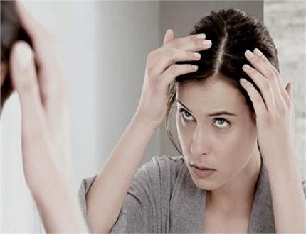 समय से पहले हो रहे हैं बाल सफेद तो जान लें उसका कारण व बचाव के तरीके