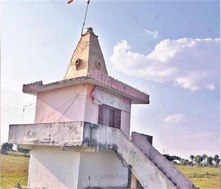 भारत के इस गांव में बना है करवा माता का मंदिर, साल में एक बार ही...