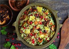 Diwali Special: कश्मीरी पुलाव के साथ करें अपने मेहमानों का...
