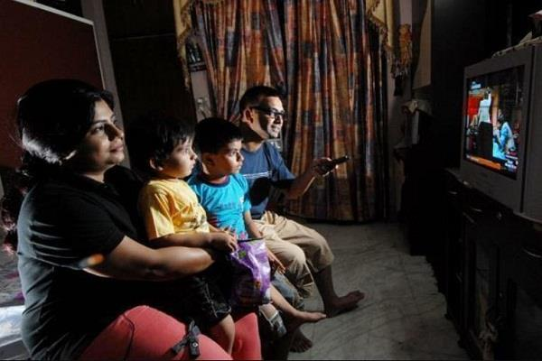 केबल टीवी यूजर्स के लिए गुड न्यूज, अब केवल 130 रुपये में देख सकेंगे 150 चैनल