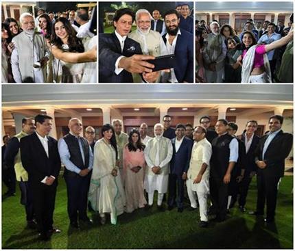 बॉलीवुड सेलेब्स ने PM मोदी के साथ ली जमकर सेल्फी, एक्साइटेड दिखीं...
