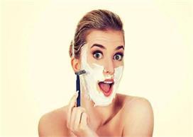 नुकसान नहीं, लड़कियों को चेहरा शेव करने से मिलेगा फायदा