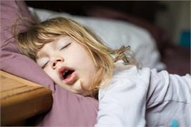 सावधान: बच्चों के लिए खतरनाक हो सकता है मुंह से सांस लेना,...