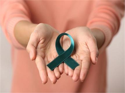 25 से 40 साल की महिलाएं हो रही ब्रेस्ट कैंसर का शिकार, जानिए क्या है...