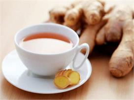 Health Tips: अदरक की चाय से करें दिन की शुरूआत फिर देखिए...