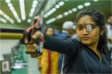 बुलंद हौसलें: खेल-कूद की उम्र में 14 साल की ईशा ने शूटिंग...