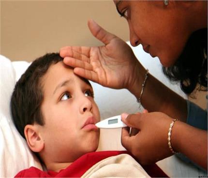 Health Alert!  39 सेकेंड में 1 बच्चे की जान ले रहा है निमोनिया, जानिए...