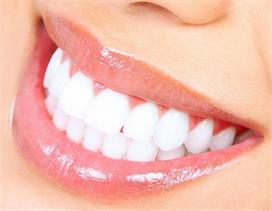 दिल को रखना है बीमारियों से दूर...तो दांतों की सफाई का रखें...