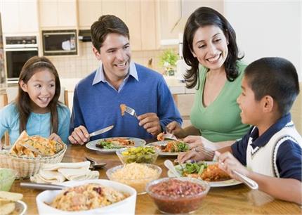 संभलकर! भोजन के बाद किए ये 6 काम बन सकते हैं किडनी फेल का कारण