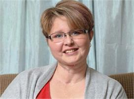 कैंसर के कारण महिला ने खोई अपनी आवाज, डॉक्टरों के चमत्कार...